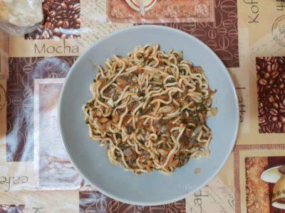 Noodles (Taietei Chinezesti) cu sos de spanac